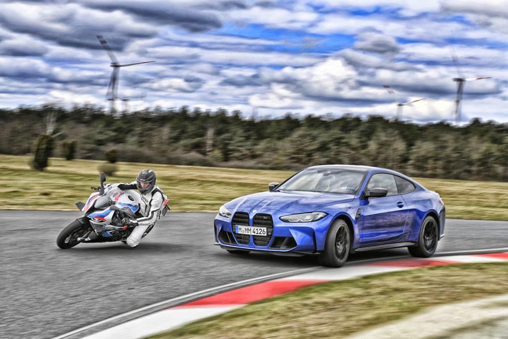 BMW M 100 RR  vs. BMW M 4