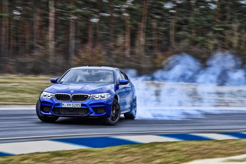 BMW M5 ...